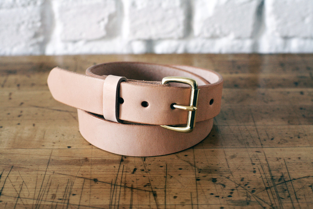 latest leather belt trend